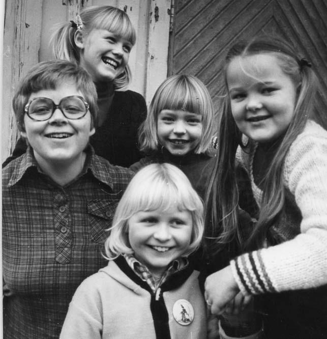 1979 ca Sonja, Anette, AnneMarie, IngerHelene, Ragnhild