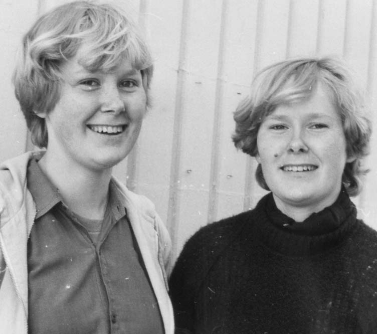 ca 1974 Grethe og Jorun Karlsøen