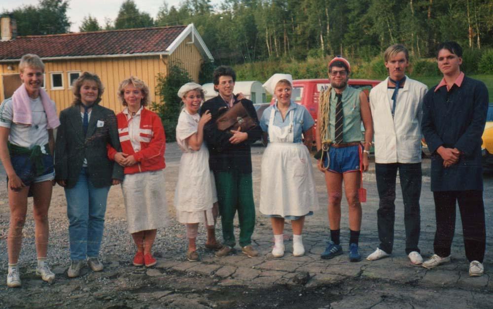 1987 Ungdomsleir oppstilling c