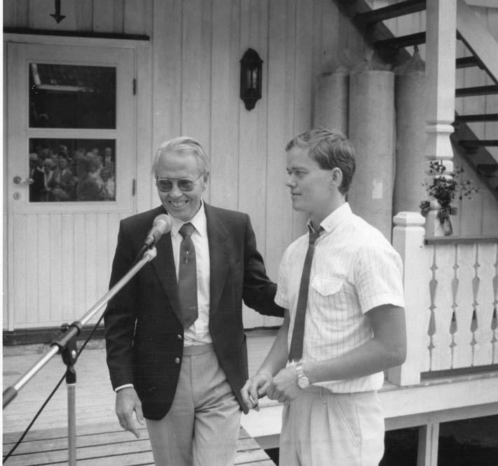 1989 Innvielse av internatet.Knut Olav og Kjell