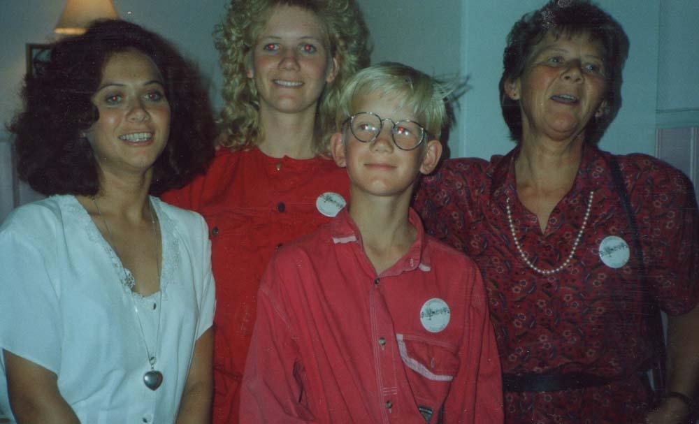 1990 20årsjub. Lise Marit, Anette, Ole Henrik og Eva Johansen fra Hvaler