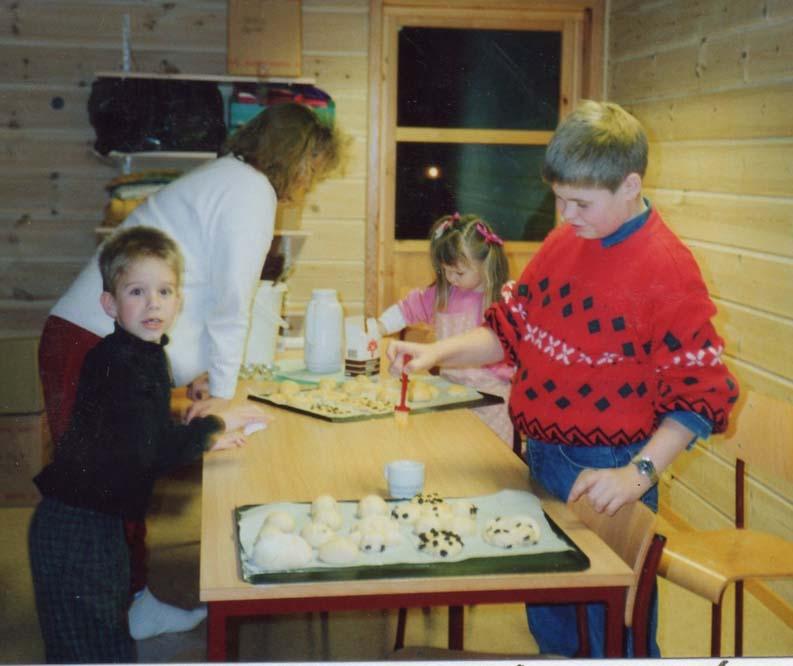 1990 baking1